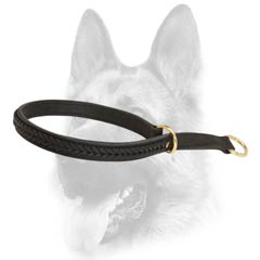 Adjustable easy handling dog collar