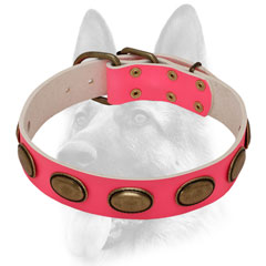 Pink leather dog collar with ovals