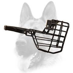 Good air flow wire cage dog muzzle