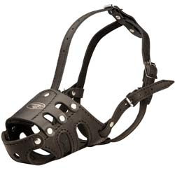 Fully leathern comfortable dog muzzle
