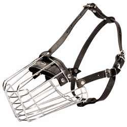 Strong wire basket muzzle for dog training