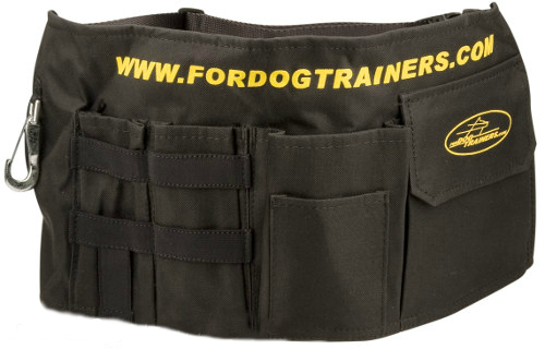 Dog training pouch for more comfort